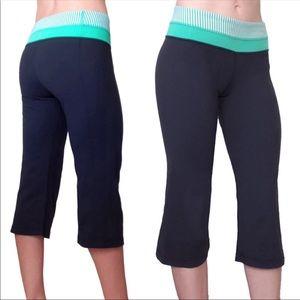 LULULEMON Groove Leggings Cropped Capri Pants 6